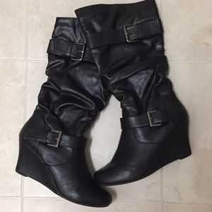 Shoes - Black Wedge Heel Boots Size 7
